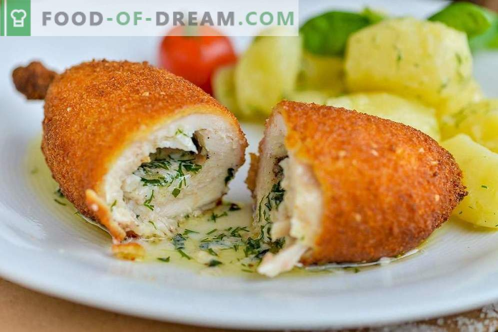 Cooking chicken Kiev cakes at home - a classic recipe from a cook