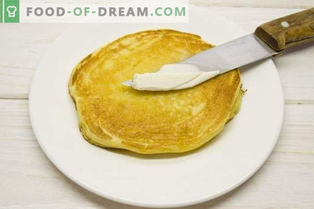 Corn pancakes - pancakes on kefir with cornmeal