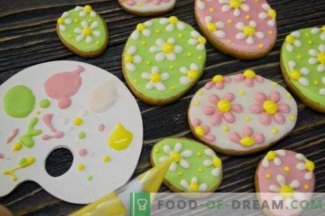 Easter cookies with icing