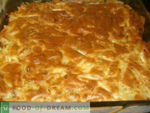 Bulk pie with cabbage in the oven, microwave, with mayonnaise, minced meat, eggs