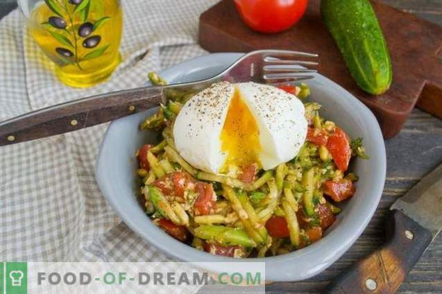 Salad with avocado, tomatoes and cucumbers