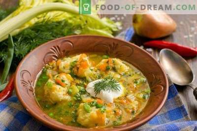 Fish soup with potato dumplings