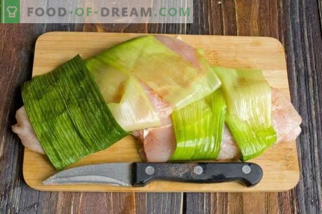 Steamed chicken fillet with stewed cabbage garnish