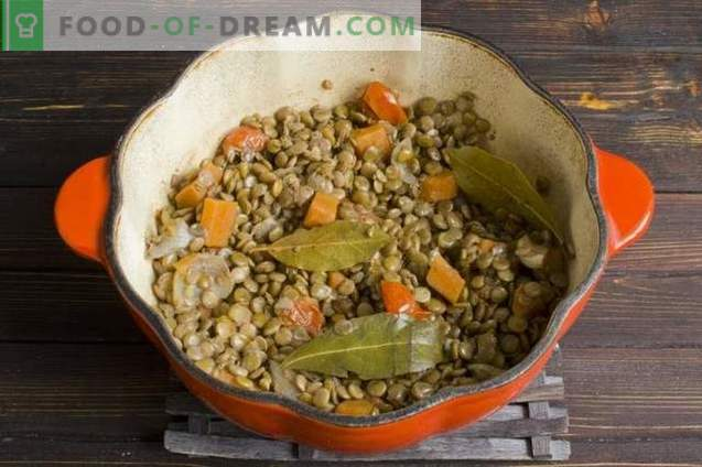 Indian lentil dal with fenugreek