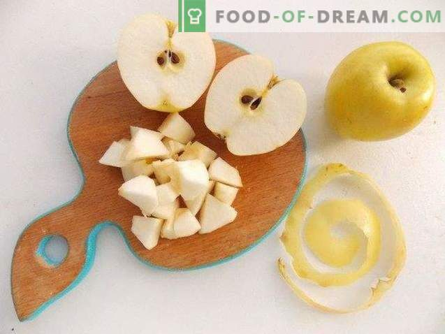 Apple soup dessert with apple chips