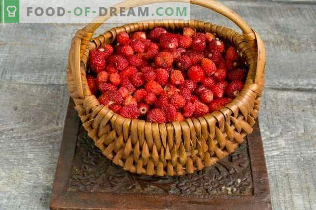 Thick strawberry or strawberry jam