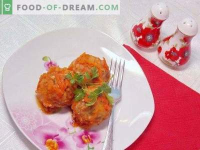 Meatballs baked in tomato sauce