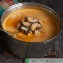 Delicate cream soup with mussels