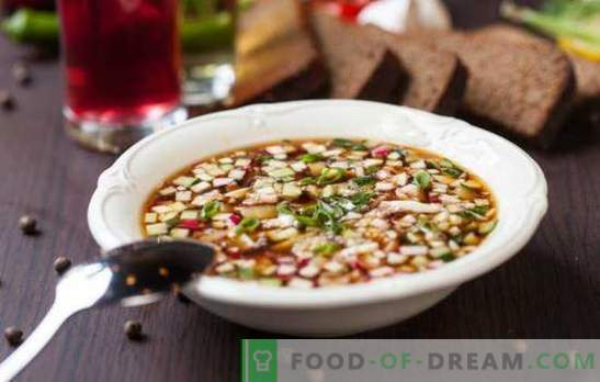 The best friend of dieters is vegetable okroshka for weight loss. A selection of original recipes for vegetarian okroshka