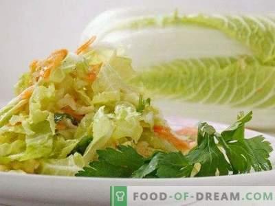 Lengvas Pekino kopūstų salotos