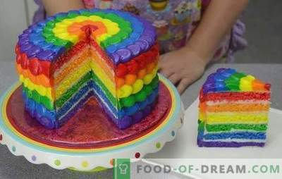 "We surprise with taste and color: cake ""Rainbow"" made of biscuits or jelly. Recipes cakes"