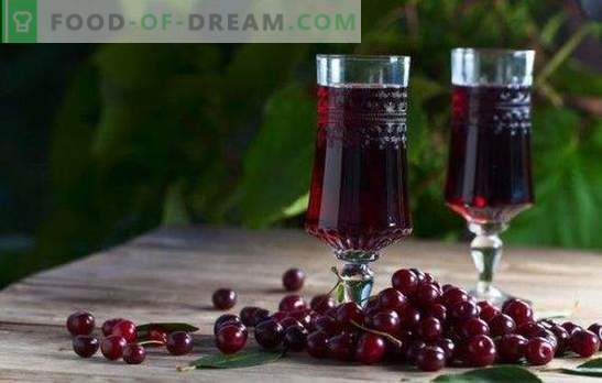 Cherry liqueur at home - the ruby ​​queen on the table! Cooking delicious cherry liqueur at home
