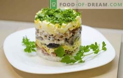 Salade de poitrine de poulet simple - un bon début de dîner ou un remplacement complet? Les meilleures recettes pour une salade simple avec une poitrine de poulet