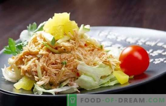 Smoked chicken salad - everyone can cook delicious! A selection of various salads with smoked legs