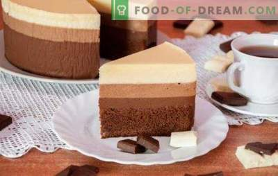 Three chocolate cake: a recipe for the most delicious gourmets.