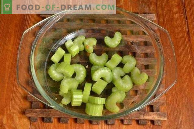Green hot pepper in apple and tomato fill