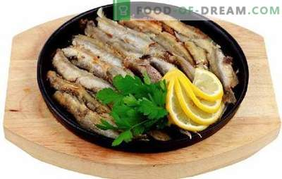 Cheap and tasty - fried capelin in a frying pan. Popular and easy-to-cook recipes of fried capelin in a pan