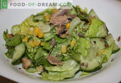 Salad with butter - proven recipes. How to properly and tasty to prepare a salad with butter.