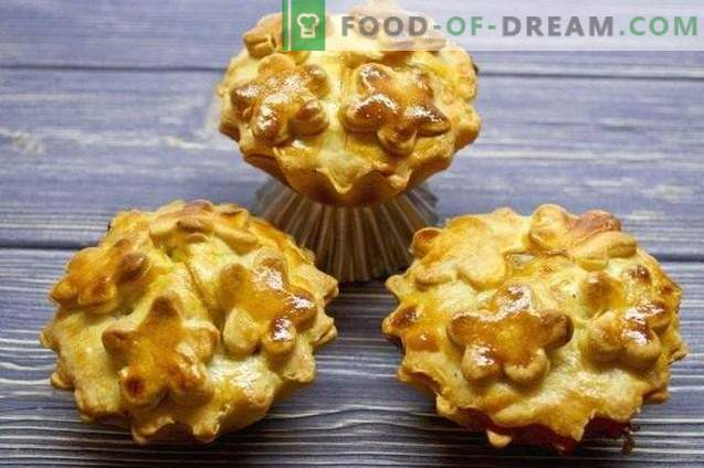 Pies in muffin cups