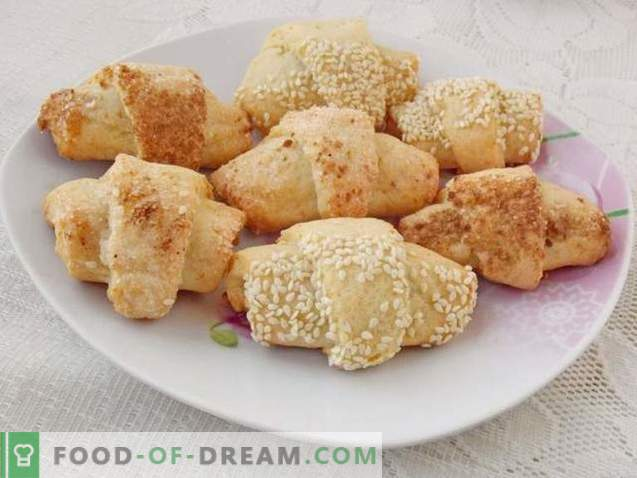 Cottage cheese bagels with jam
