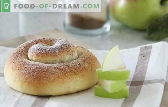 Spanish buns are tender, stuffed and without. Morning begins with Spanish buns: custard, raisins, nuts, cinnamon