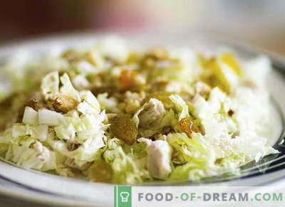 Chicken salad with cabbage - the best recipes. Cooking properly salad of chicken and cabbage.