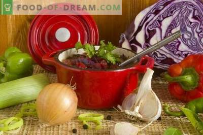 Borsch with red cabbage