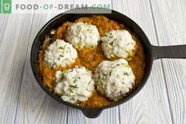 Meatballs with rice in tomato sauce