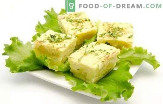 L'omelette au fromage cottage est un petit-déjeuner sain qui plaira à tous. Une sélection de recettes pour omelette avec du fromage cottage au four, multicuiseur et casserole