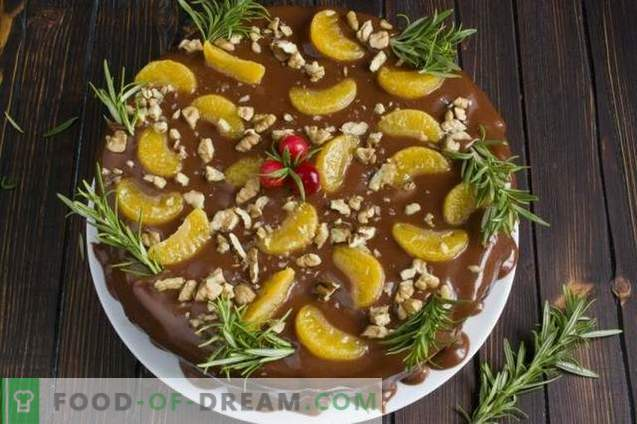 Fruit Cake with Chocolate Cream
