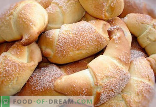 Bagels on sour cream - the best recipes. How to properly and tasty cook bagels on sour cream.