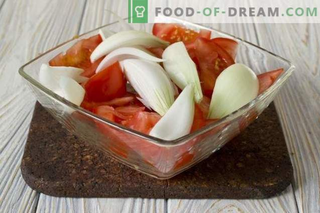 Spicy Tomato Sauce from Fresh Tomatoes