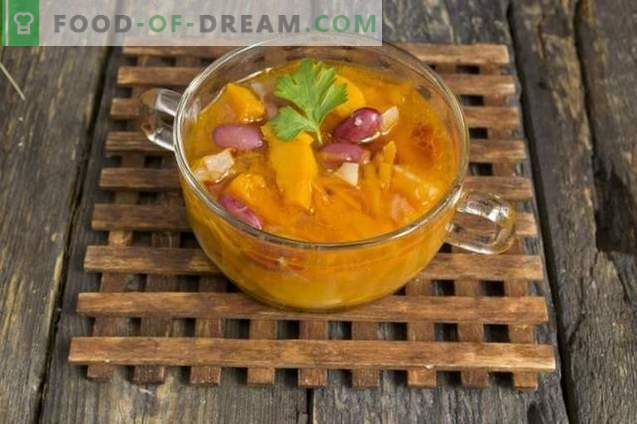 Soup with Pumpkin, Beans and Pork Ribs