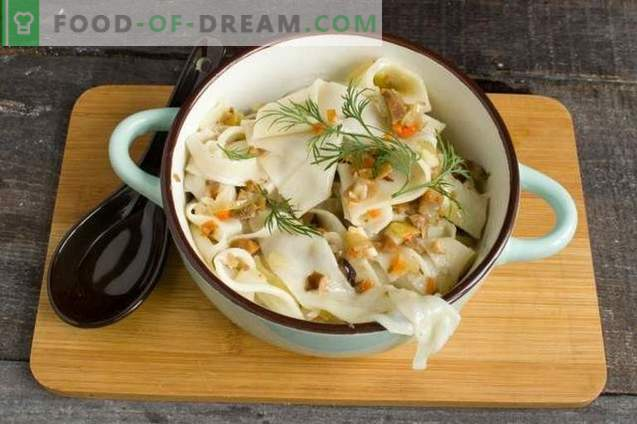 Lean Homemade Noodles with Mushrooms
