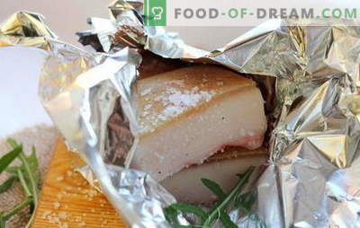 Lard in the oven in foil: recipes for useful baked delicacy. How to cook fat in the oven in foil correctly and tasty