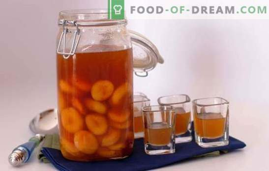 Pouring from apricots at home: the main composition and methods of preparation. Recipes for homemade apricot liqueurs: simple and complex