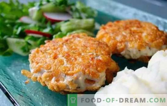 Chicken chops in all its diversity! Recipes for juicy and tasty chicken pieces with cheese, mushrooms, rice and cream sauce