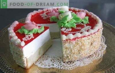 Cake jelly with biscuit - gentle freshness! Jelly cake with biscuit and berries, cream, fruit, cottage cheese, sour cream