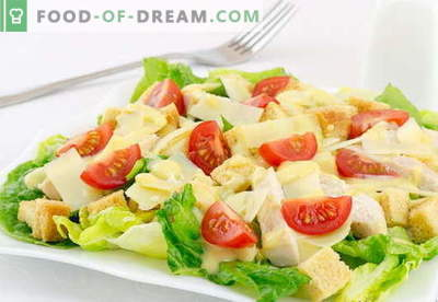 Caesar salad with chicken - the best recipes. How to properly and tasty cook a salad
