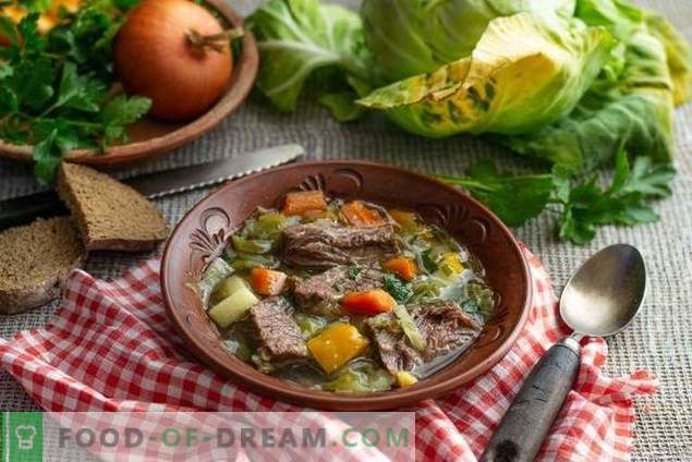 Simple cabbage soup from early cabbage