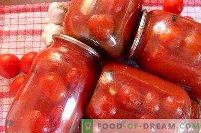 Tomatoes in tomato paste for the winter