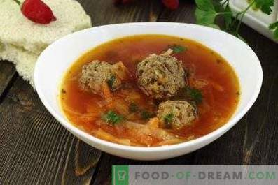 Borsch with meatballs