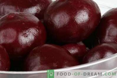 Beets baked in a multicooker