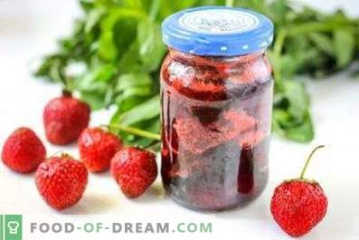 Strawberry jam with mint