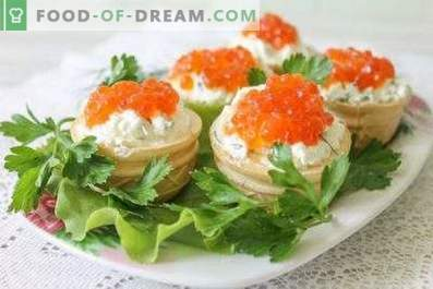 Tartlets with caviar