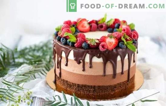 Three Chocolate Cake - step by step recipes for a spectacular dessert. Cooking a delicious Three Chocolate Chocolate mousse cake using step-by-step recipes